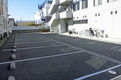 無料駐車場・駐輪場